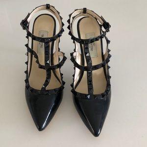 Faux Valentino garavani shoes